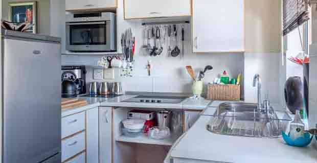 Options To Consider When Decorating Above Kitchen Cabinets