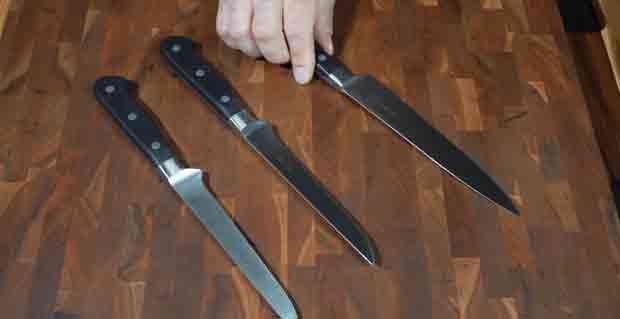Should I Get a Boning Knife with a Flexible or Semi-Stiff Blade