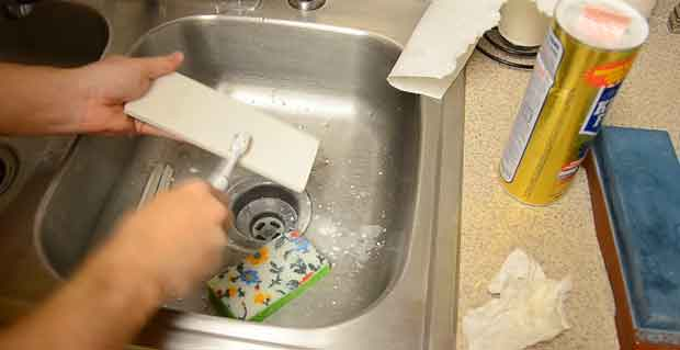 Tooth Brushes for Clean a Whetstone